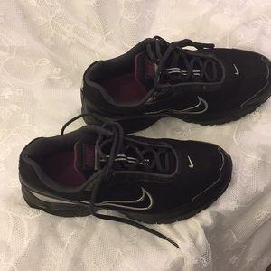 Nike Torch 3 MaxAir Women's Sneaker Size 8